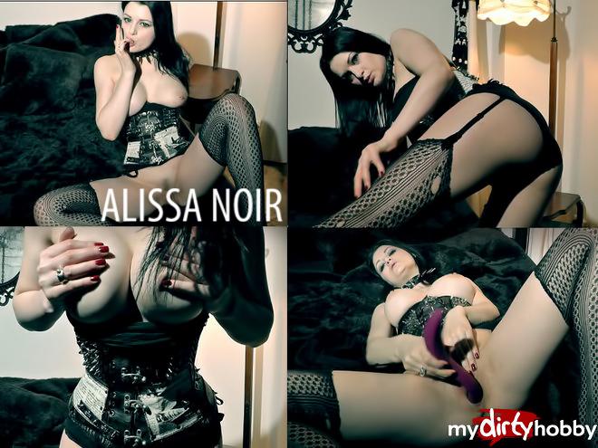 Alissa Noir - Mydirtyhobby - Deutscher Pornostar - Click here !