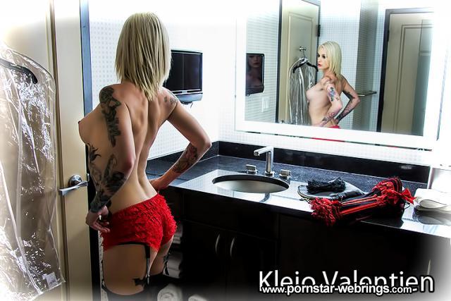 Kleio Valentien in Tonight's Girlfriend